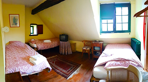 Our triple room with single beds. (K3)